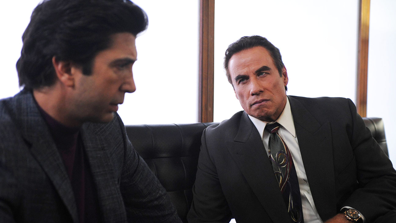 American Crime Story: The People v. O.J. Simpson - Still 5- D. Schwimmer and Travolta - H 2016