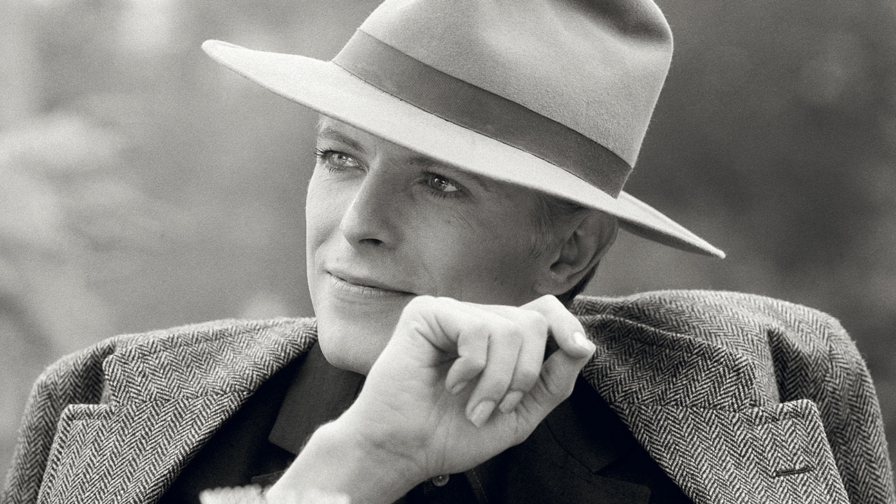 David Bowie The Man Who Fell To Earth Still 2 - H 2016