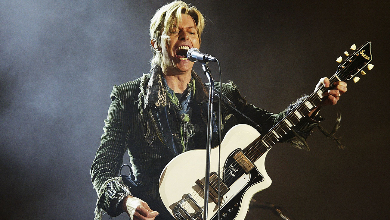 David Bowie Performing 2004 - H 2016