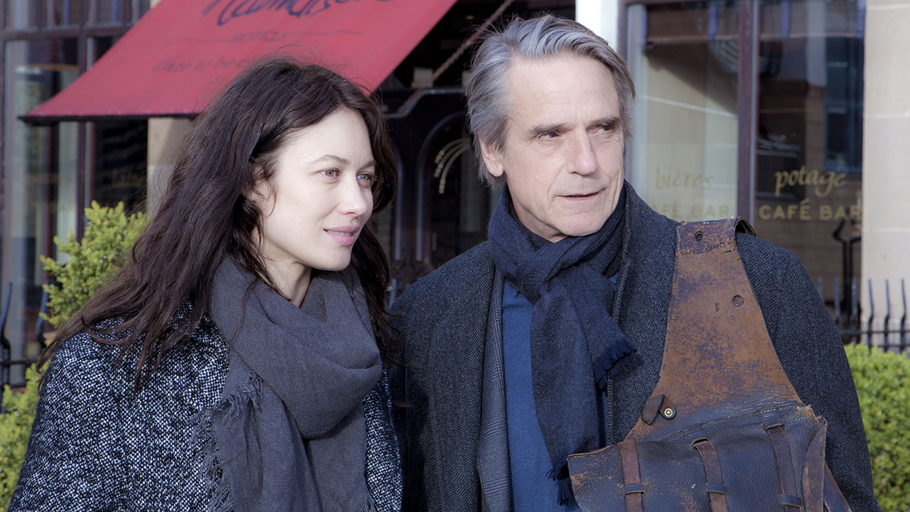 CORRESPONDENC still 1 - Olga Kurylenk and Jeremy Irons - H 2016