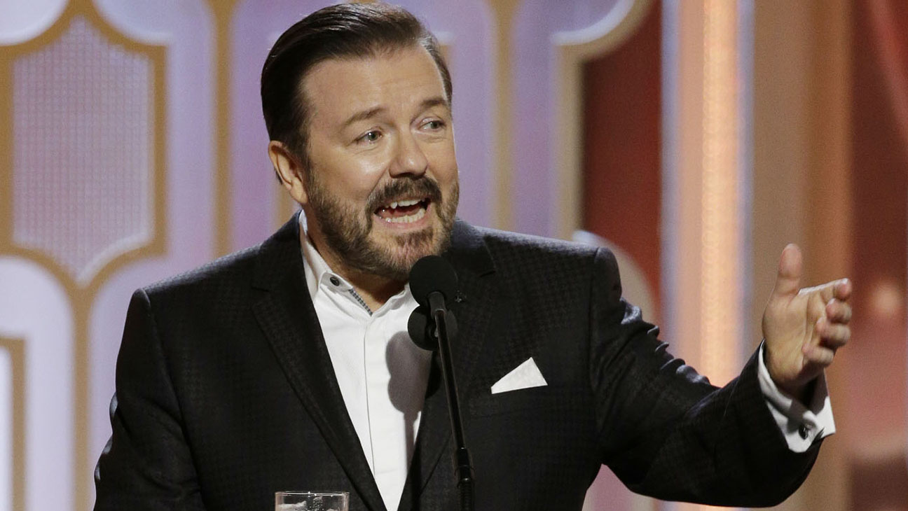 Ricky Gervais on stage mono  - H 2016