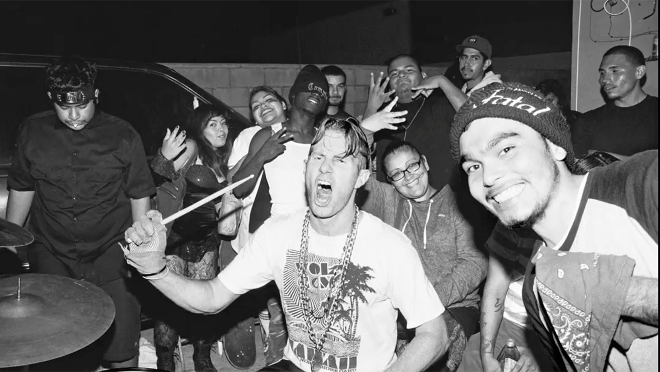 Los Punks: We Are All We Have - H 2016