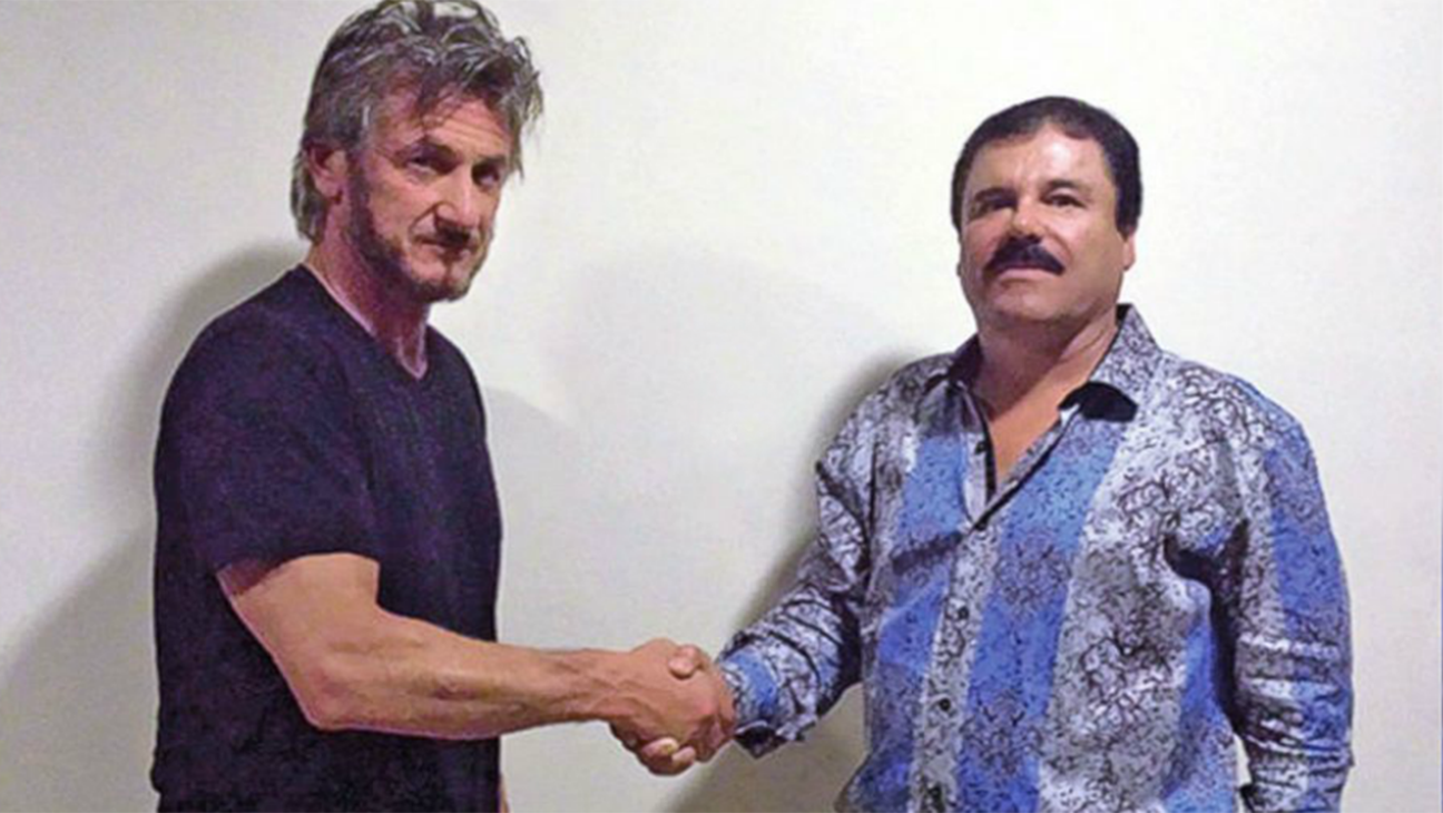 Sean Penn and El Chapo shaking hands - H 2016