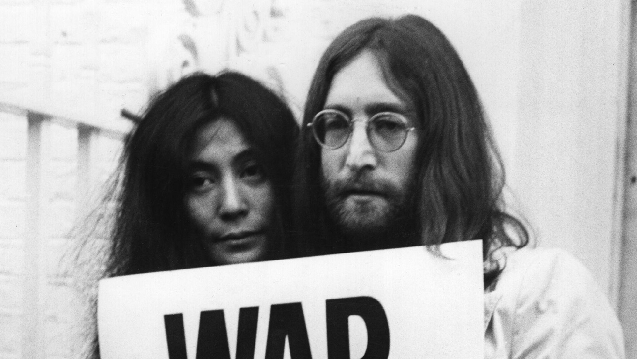 Grammys List 1982 John Lennon and Yoko Ono - H 2016