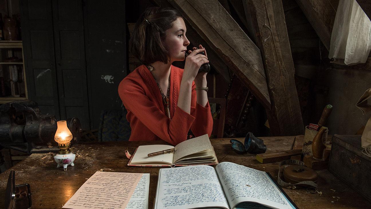 The Diary of Anne Frank Still 2 -Lea van Acken -H 2016
