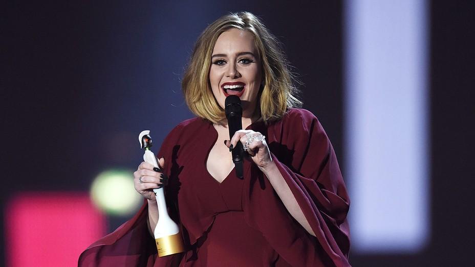 Adele Brit Awards - Getty - H 2016