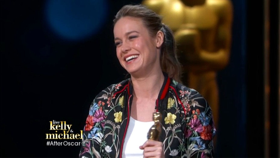 Brie Larson interview Live! With Kelly and Michael  - Screen Shot - H 2016