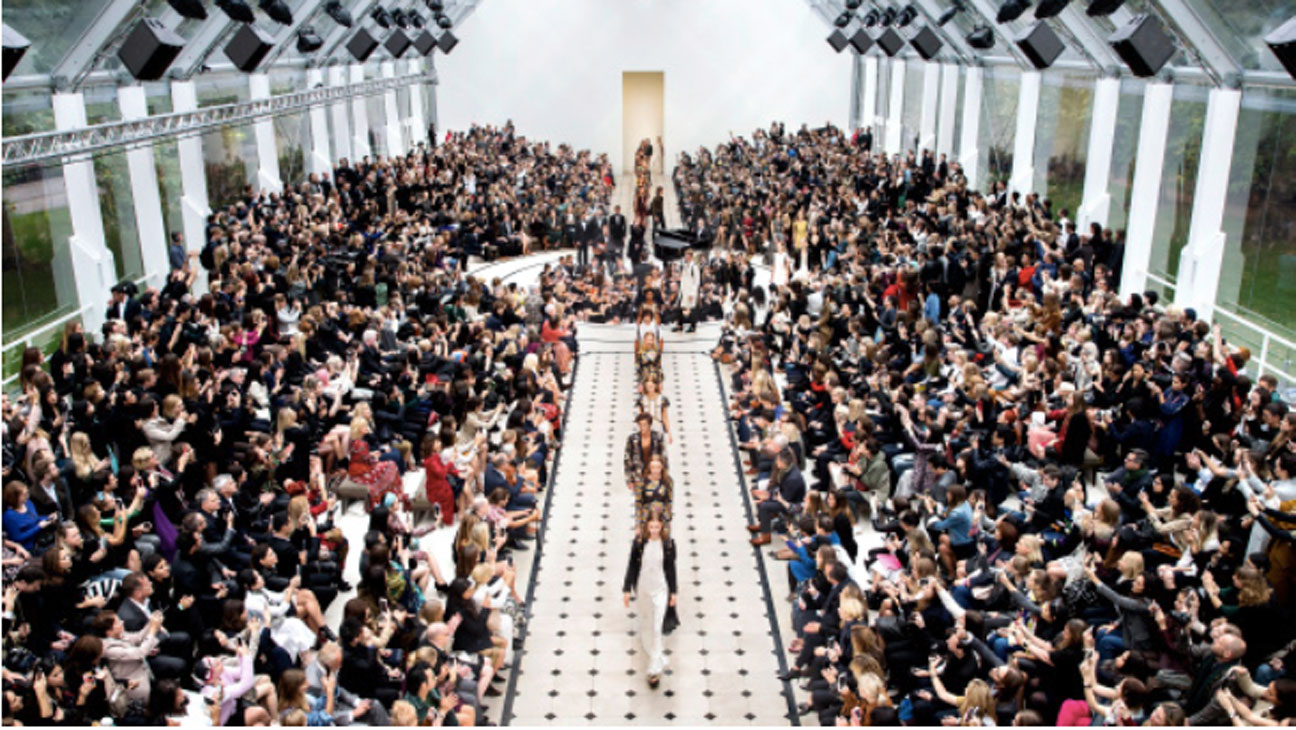 Burberry New Show Format - H 2016