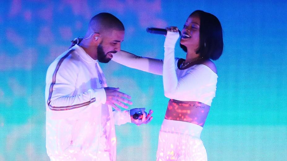 Drake and Rihanna perform BRIT Awards - Getty - H 2016