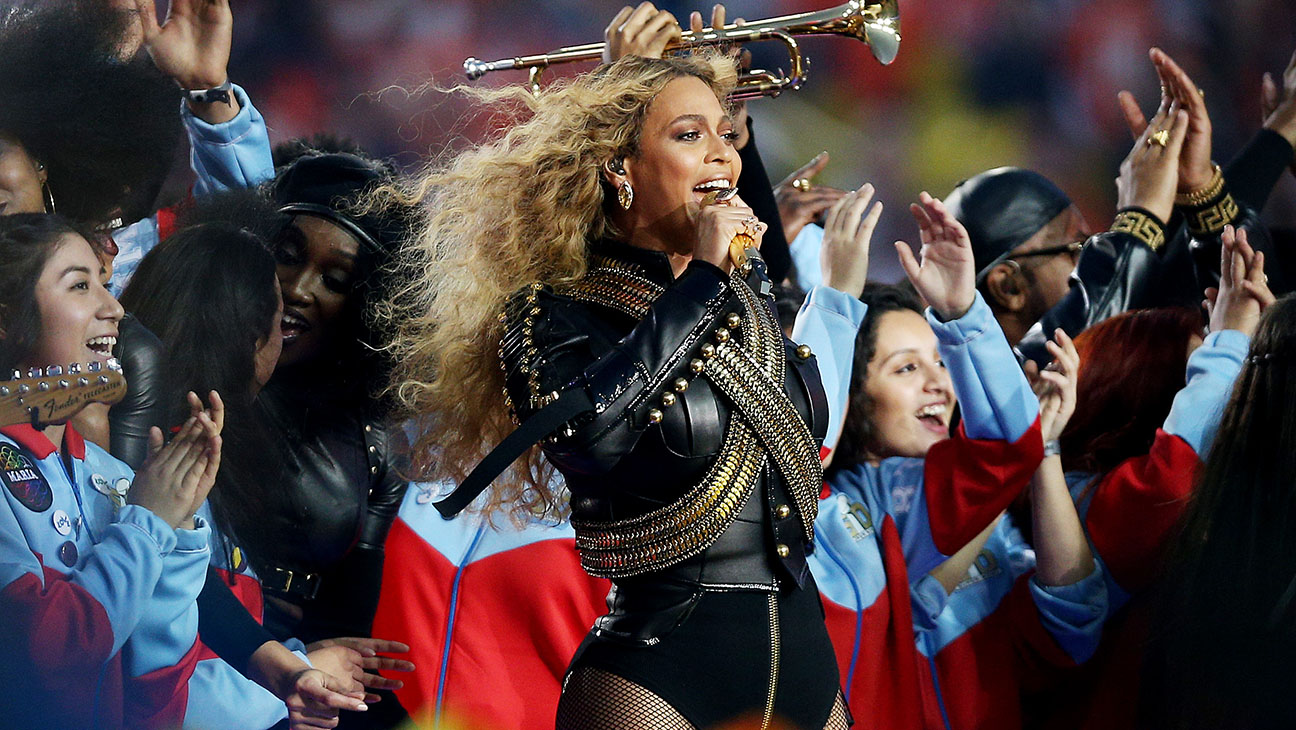 Beyonce performs during the Pepsi Super Bowl 50 Halftime Show - H 2016