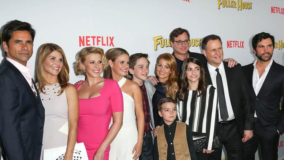 Netflix's Fuller House cast - H 2016