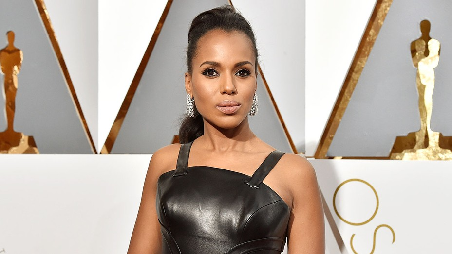 10 for best beauty moment - Kerry Washington  - Getty - H 2016