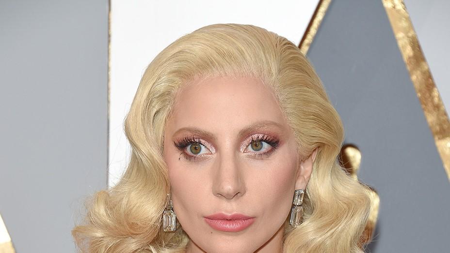 Lady Gaga Hair - GETTY - H 2016
