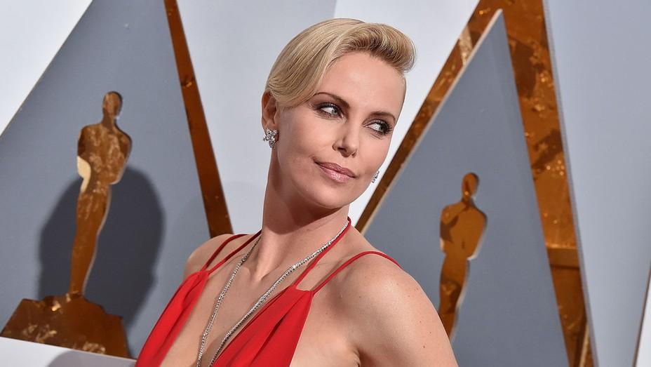 Charlize Theron Oscars - H 2016