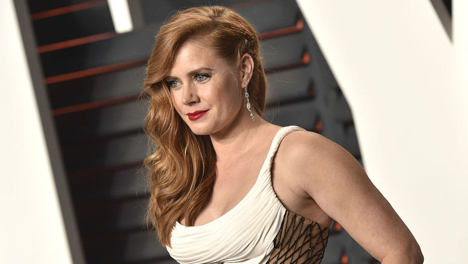 Amy Adams - Side Part -Getty- H 2016