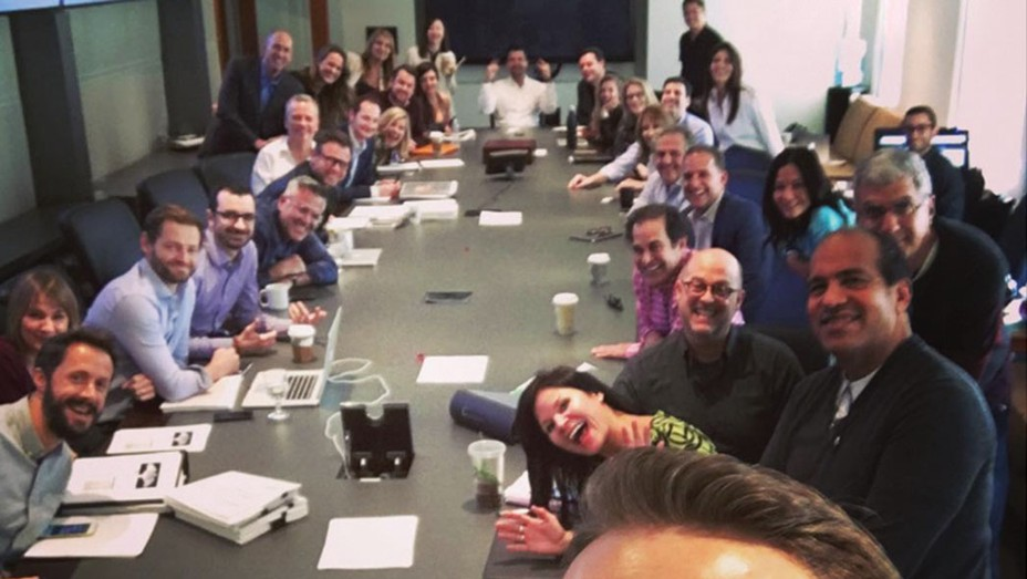 Ryan Reynolds surprise appearance at a marketing meeting - SQ 2016