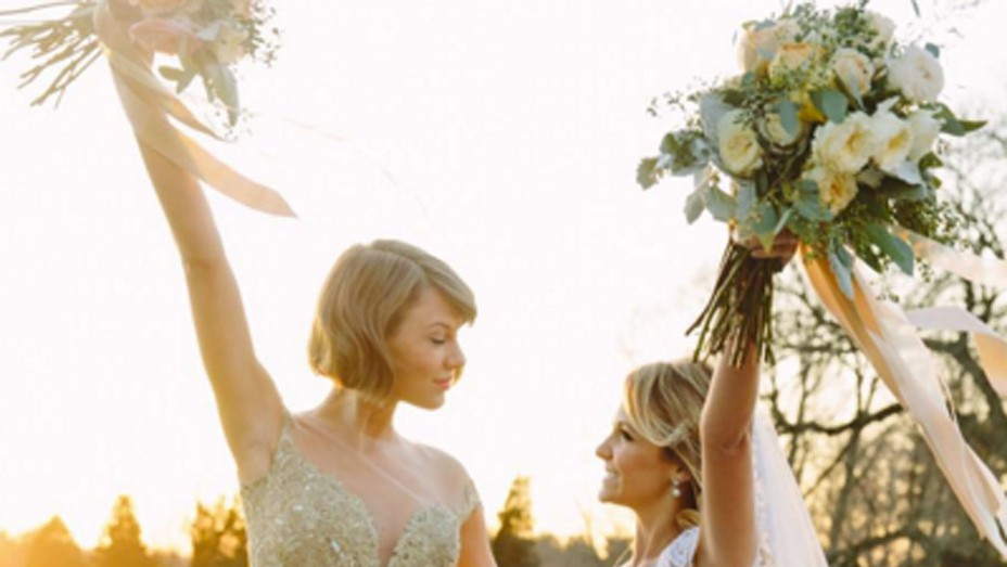 Taylor Swift Maid of Honor - P 2016