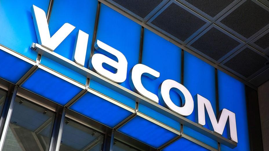 Viacom Signage - H 2016
