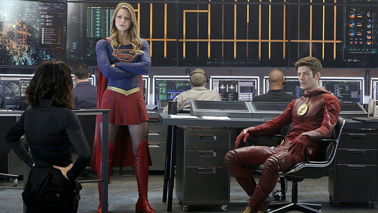 Supergirl Melissa Benoist and Grant Gustin still 2 - H 2016