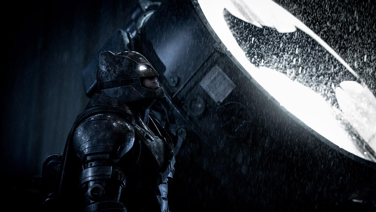 Batman v Superman: Dawn of Justice Still 10 - H 2016