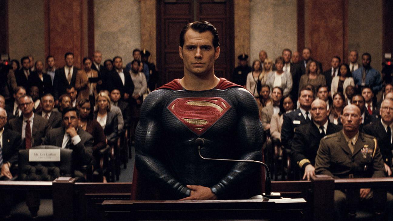 Batman v Superman: Dawn of Justice Still 3 - H 2016
