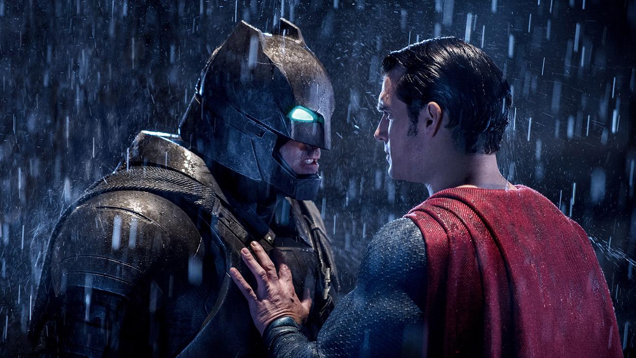 Batman v Superman: Dawn of Justice Still 7 - H 2016