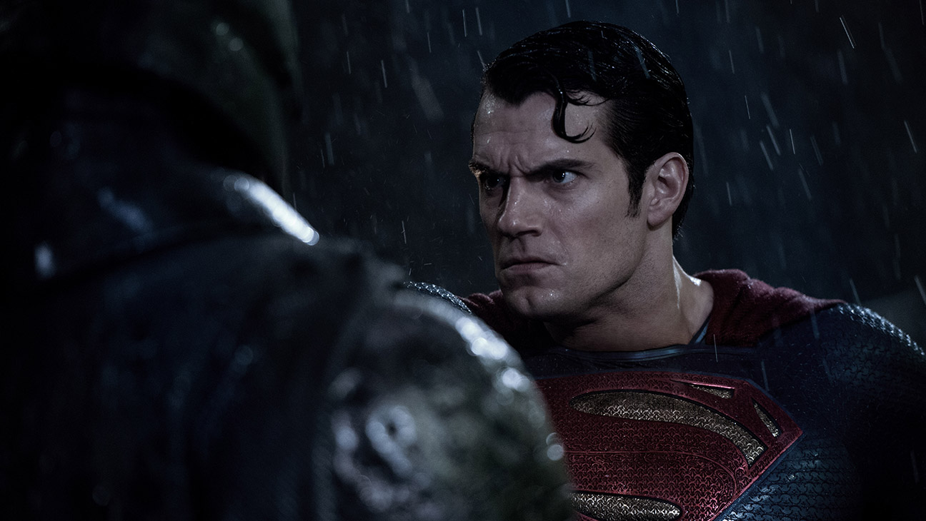 Batman v Superman: Dawn of Justice Still 9 - H 2016