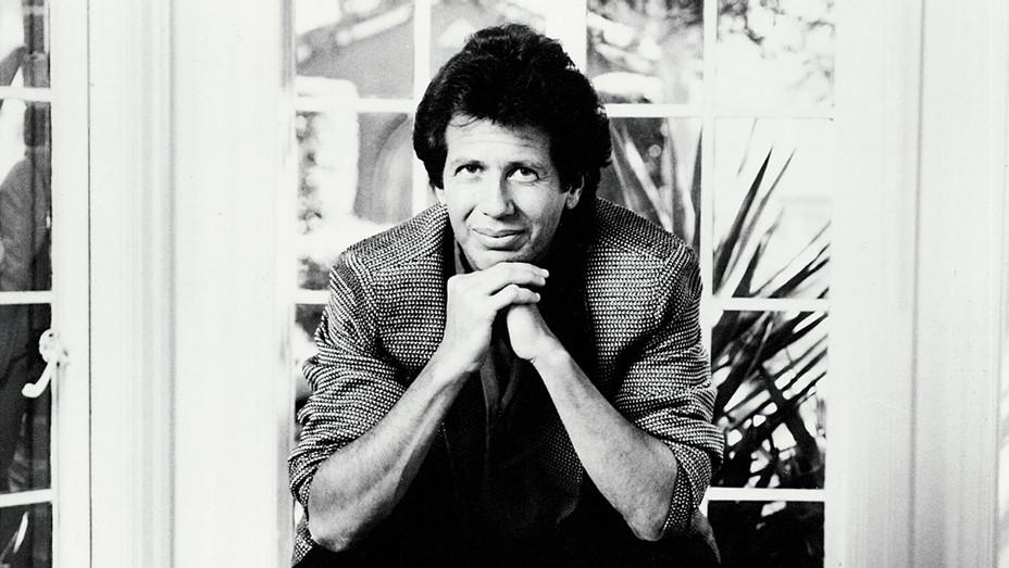 Garry Shandling 1980s Black and white - Photofest- H 2016
