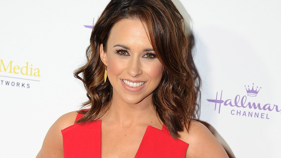 Lacey Chabert - Getty - H 2016