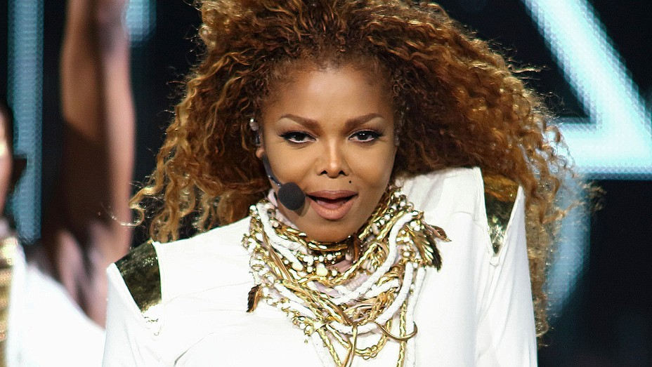 Janet Jackson performs on stage Unbreakable World Tour - Getty - H 2016