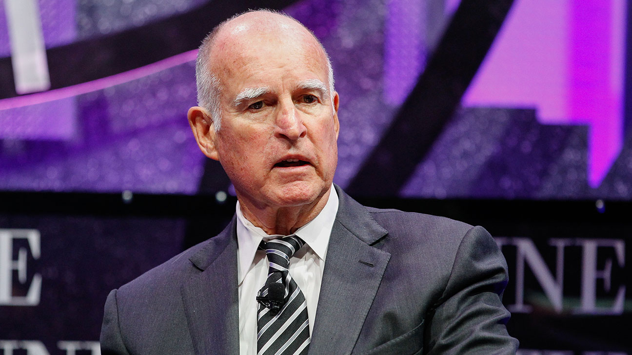 Jerry Brown GETTY - H 2016