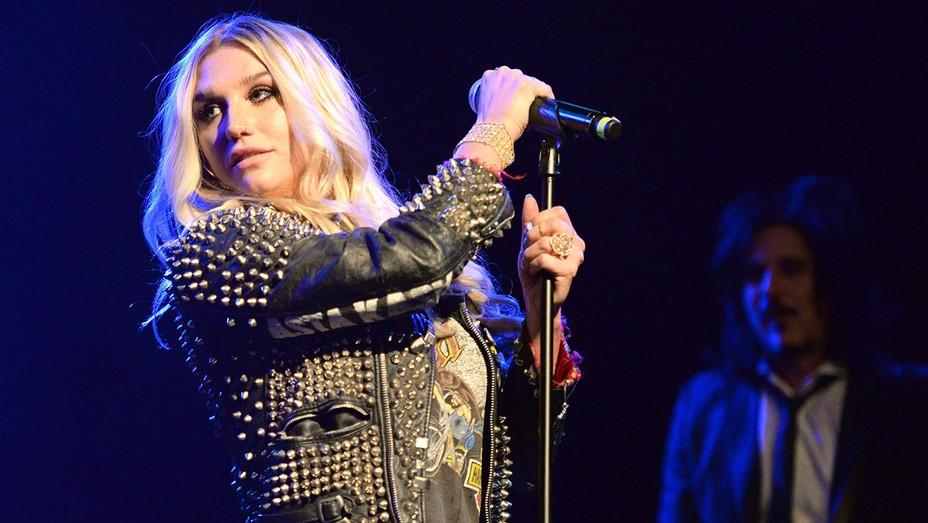 Kesha performs onstage El Rey Theatre on November 3, 2015 - Getty - H 2016