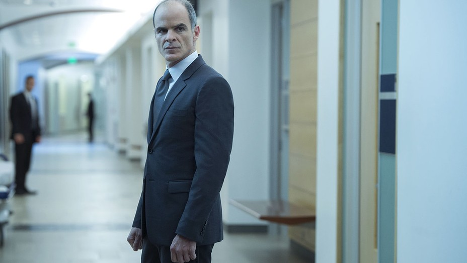 House of Cards still - Michael Kelly - H 2016