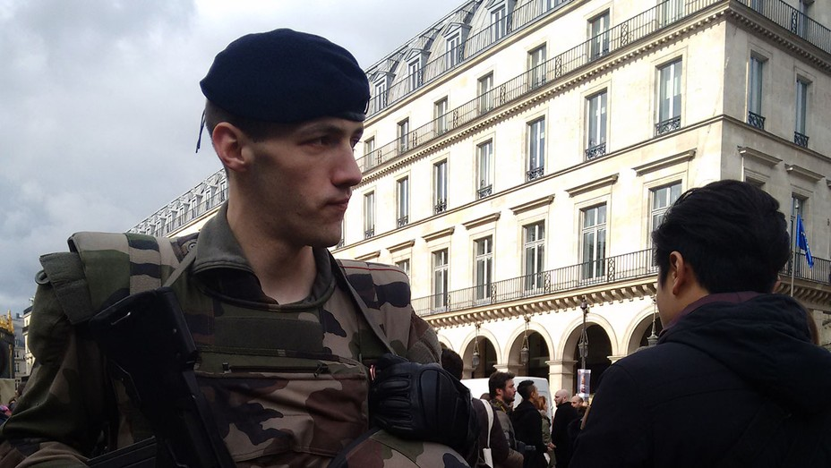 Soldiers at Dior - H 2016