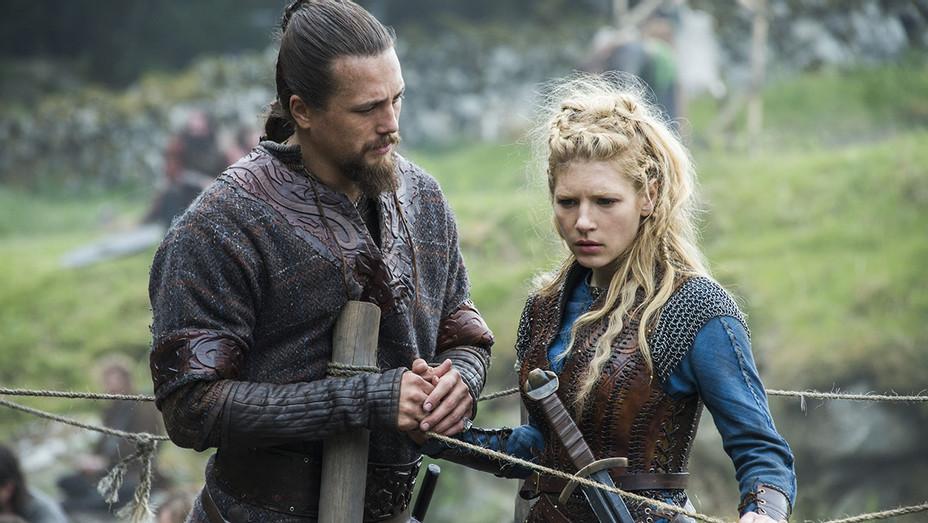 Vikings Still 1 - H 2016