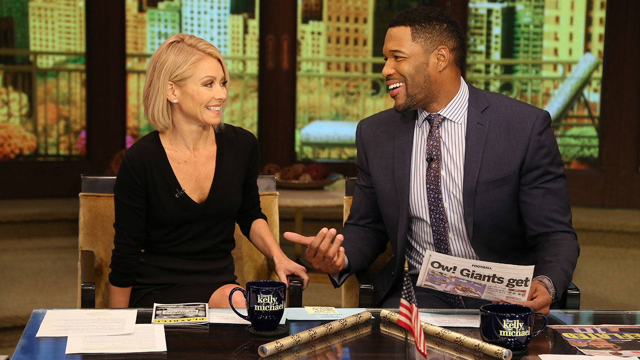 Live with Kelly Ripa and Michael Strahan -H 2016