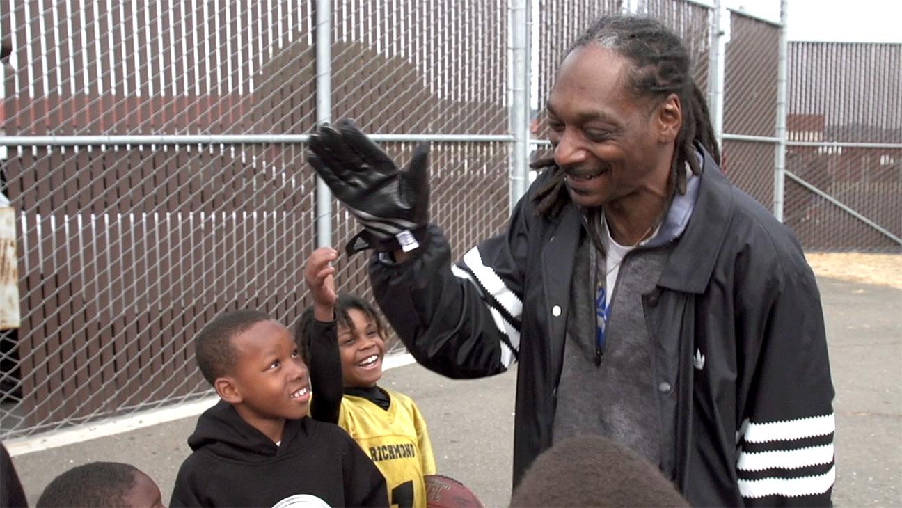 Coach Snoop - Publicity - H 2016