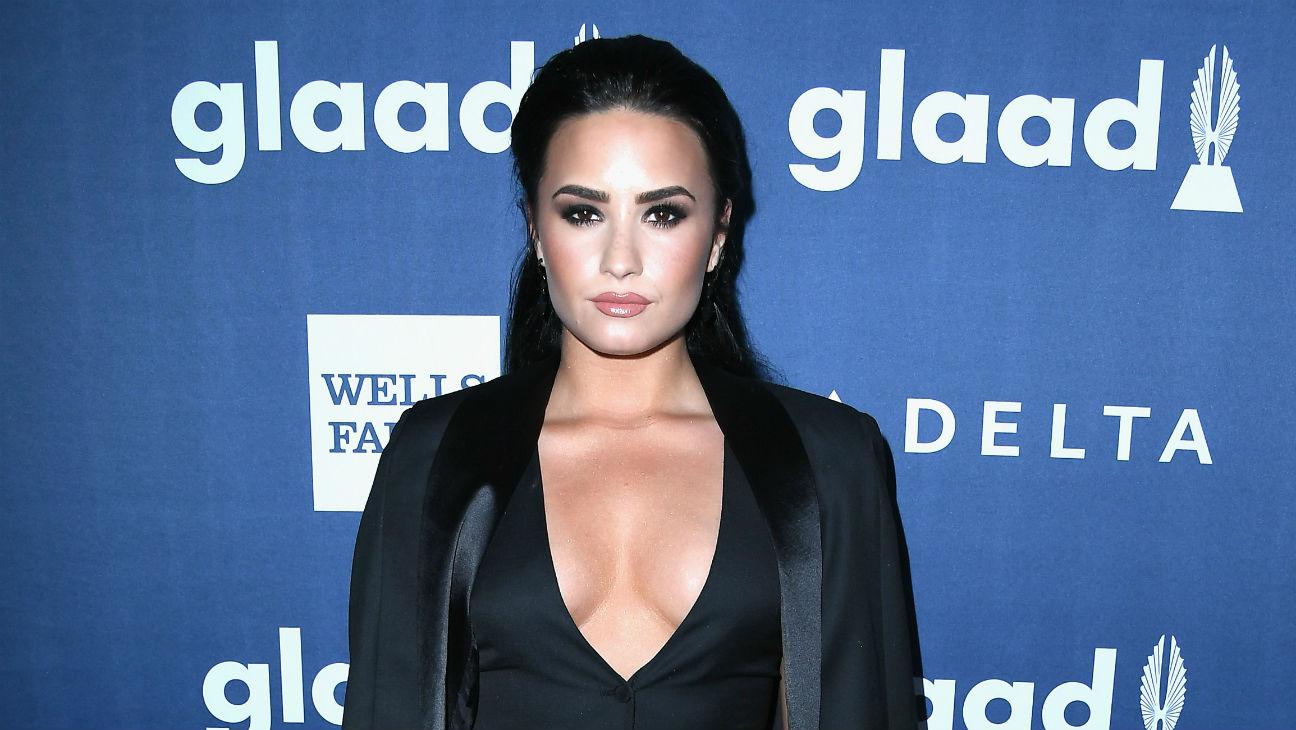 Demi Lovato GLAAD Awards - Getty - H 2016