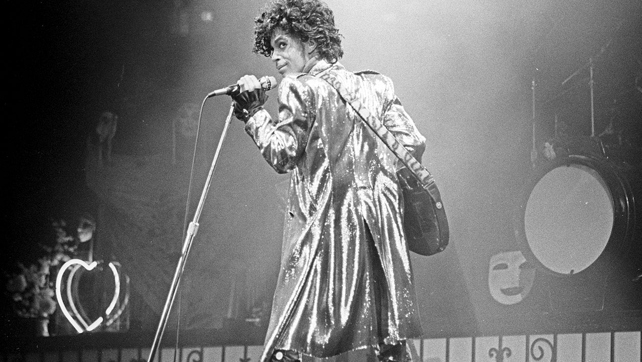 Prince performs in concert circa 1991 in New York City - H 2016