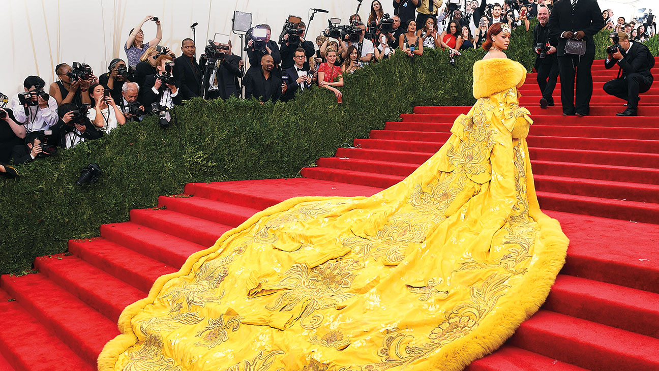 Rihanna  arrives at the 2015  Metropolitan Museum of Art's Costume Institute Gala -Getty- H 2016