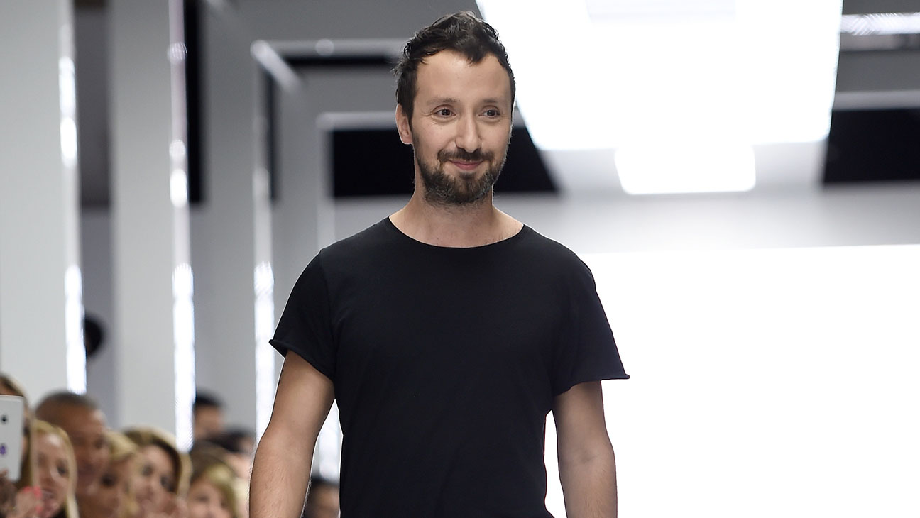 Anthony Vaccarello -Runway -London Fashion Week 2016 -Getty -H 2016