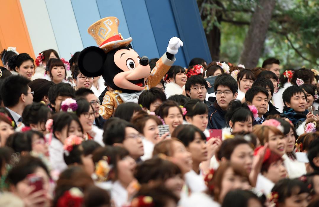 Tokyo Disneyland GETTY H 2016