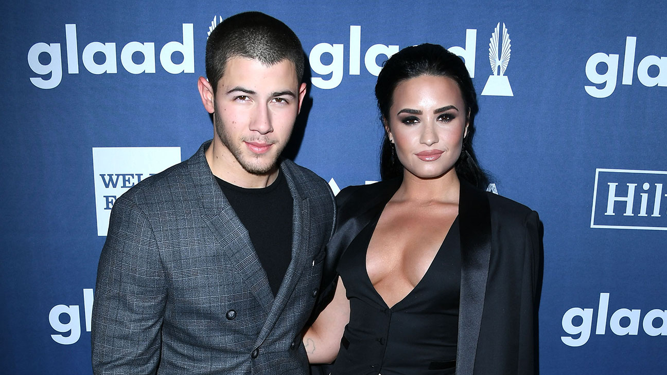 Nick Jonas and Demi Lovato GETTY - H  2016