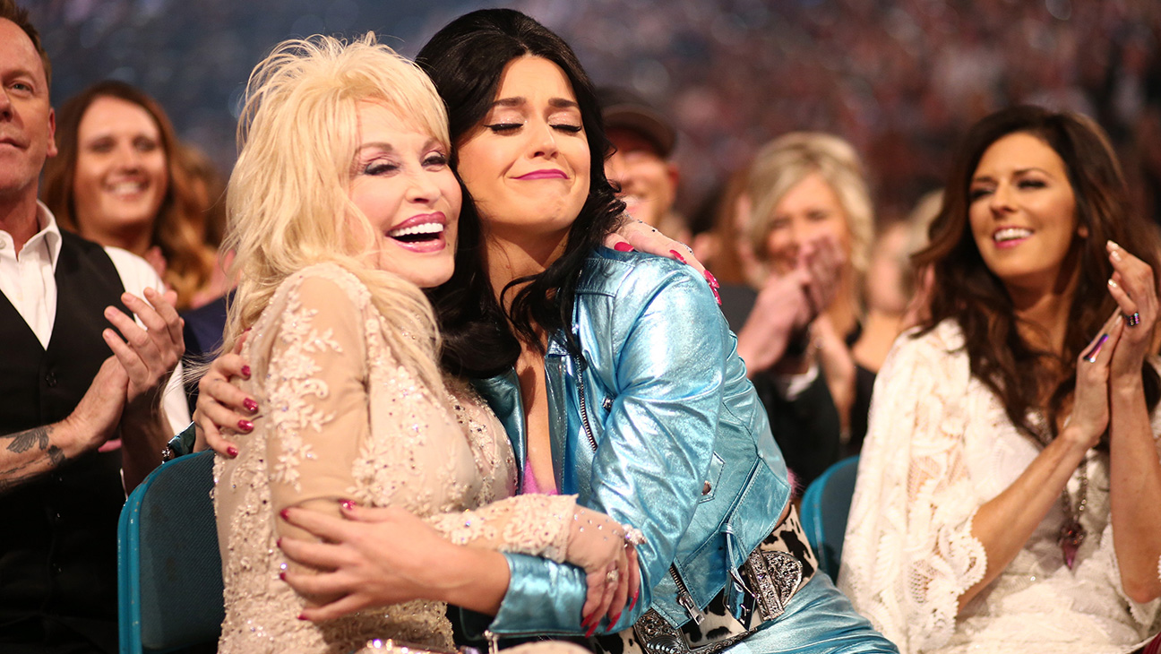 Dolly Parton, Katy Perry GETTY - H 2016