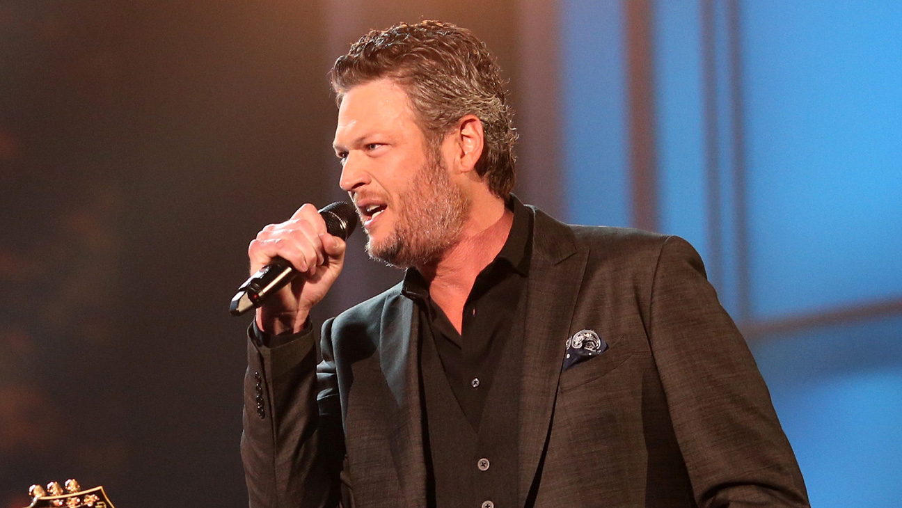 Blake Shelton GETTY- H 2016