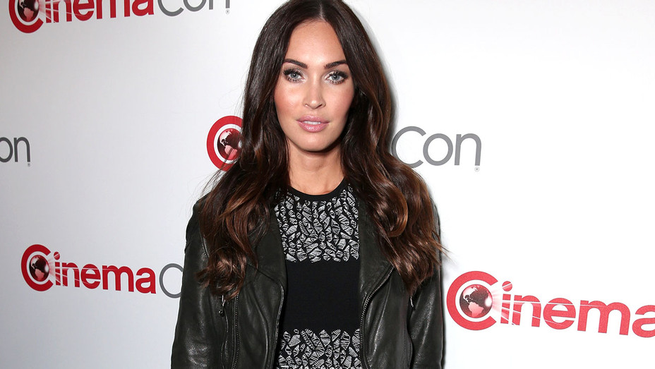 Megan Fox attends the CinemaCon 2016 Gala -Getty-H 2016