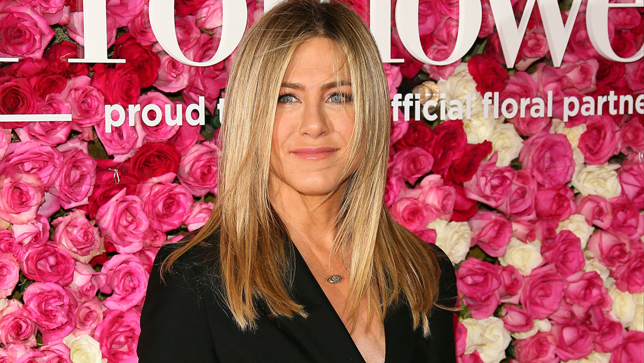 Jennifer Aniston-premiere of Mother's Day-H 2016
