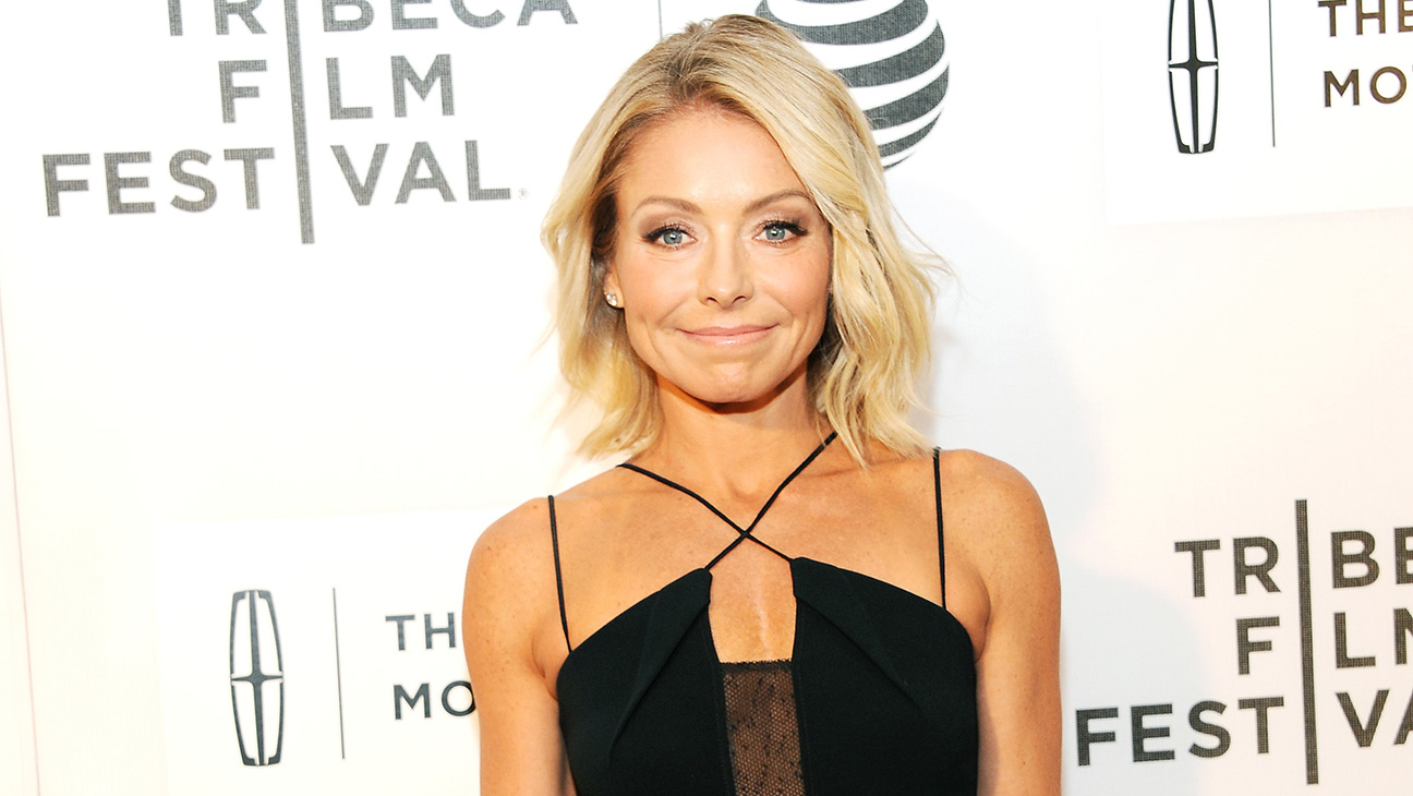 Kelly Ripa GETTY - H 2016