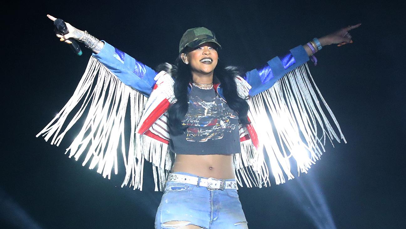 Rihanna Coachella - H 2016