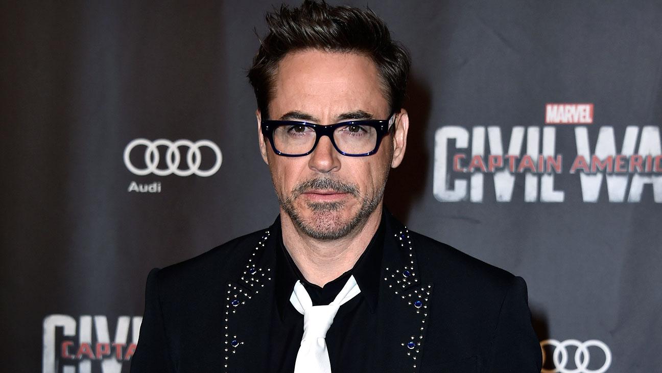 "Robert Downey Jr.- Captain America: Civil War"" Premiere-H 2016"